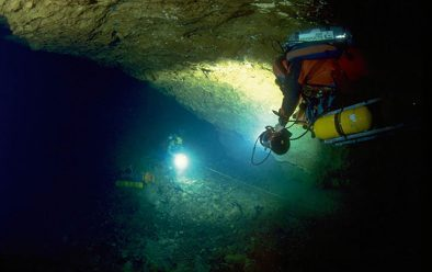 Wakulla Springs cave-diving in 1987.